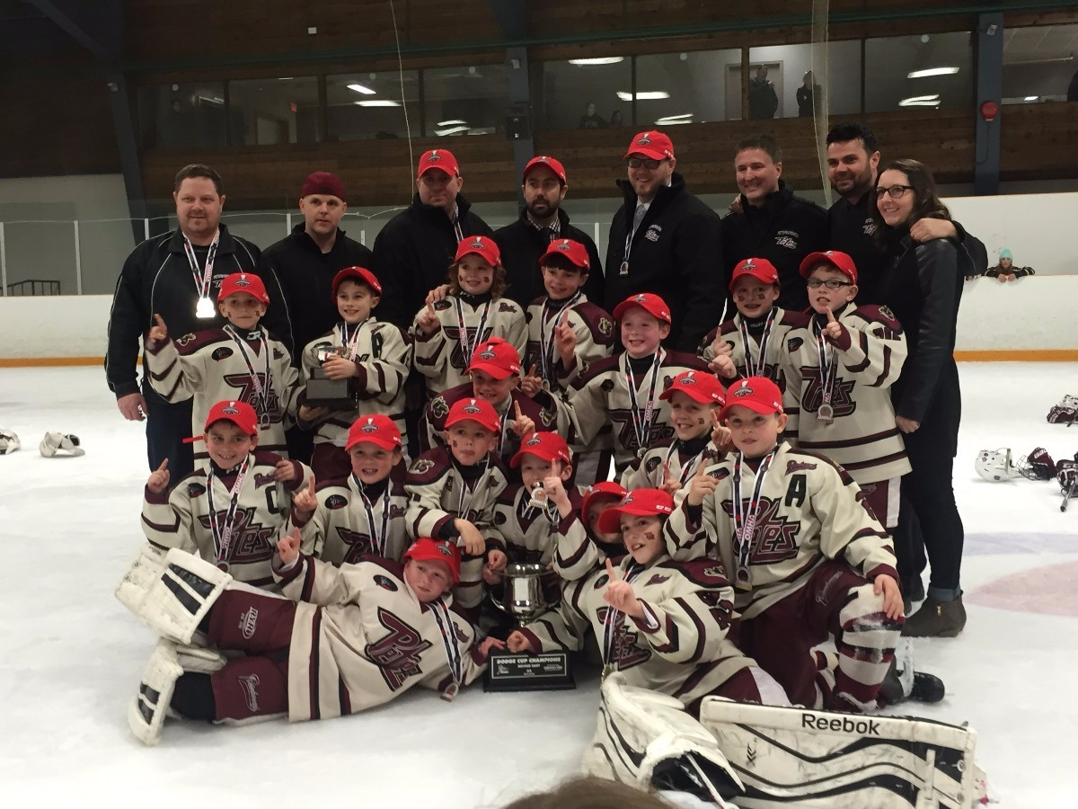 Novice_AA_OMHA_Champs.jpg