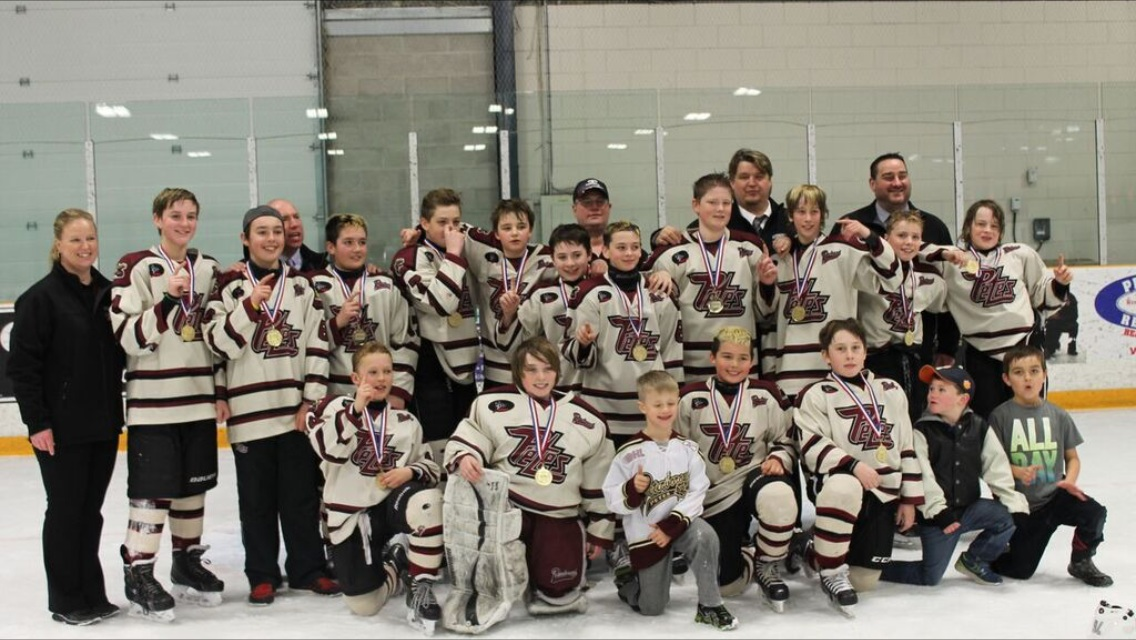 Peewee_Lakeshore_Championship_Photo.jpg